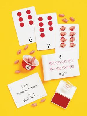 Count-a-Pig Set